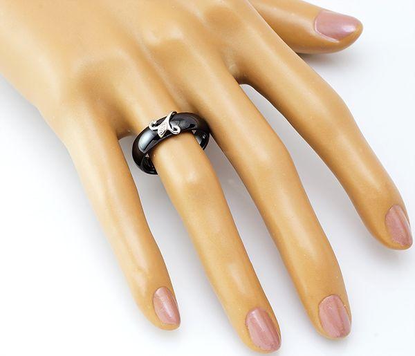 Кольцо с керамикой в серебре 925 пробы