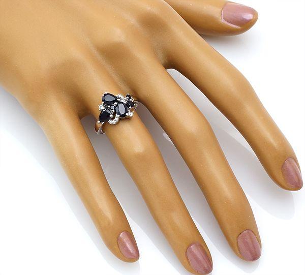 Кольцо с сапфиром в серебре 925 пробы