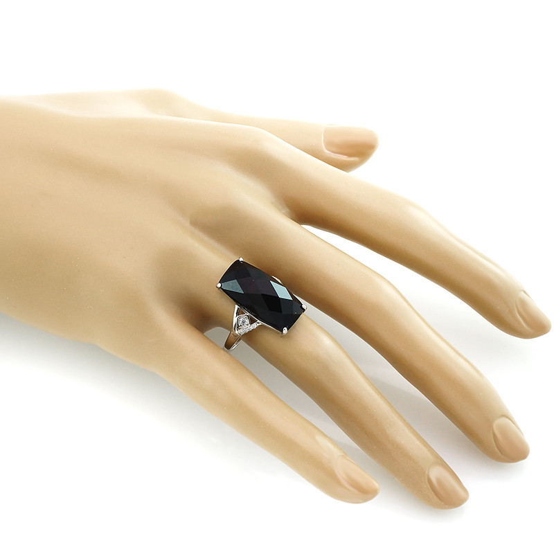 Кольцо с ониксом – Mirserebra925.ru