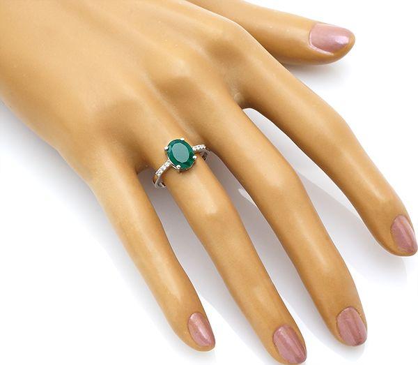 Кольцо с зеленым агатом в серебре 925 пробы