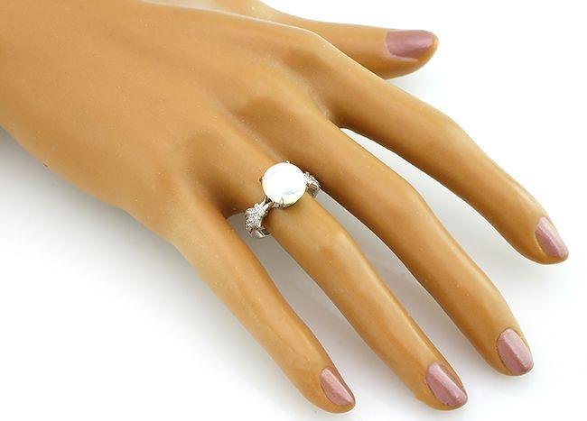 Кольцо с перламутром из серебра 925 пробы - Mirserebra925.ru